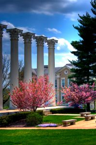 The_columns_at_Westminster_College